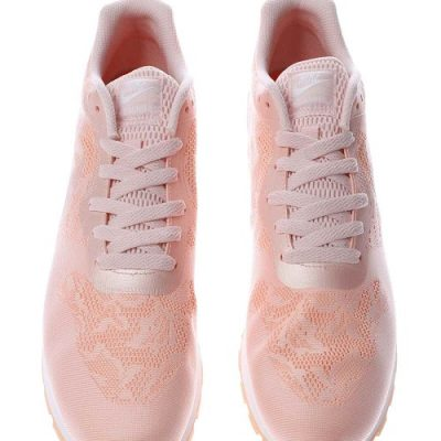 Nike pale pink md runner trainers